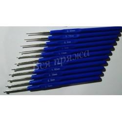 Крючок стальной с пластиковой ручкой - 1.10 мм