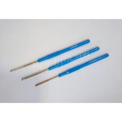 Крючок стальной с пластиковой ручкой № 3.5